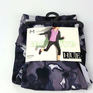 HUE Blur Active Printed Capri Pants Size M